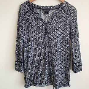 LUCKY BRAND navy and white pattern top